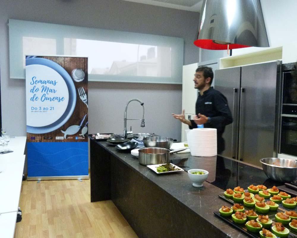 Cartelería para las Semanas do Mar de Ourense